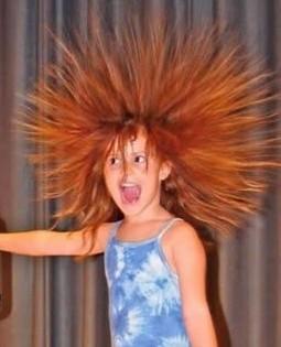 Волосы дыбом у ребенка - a